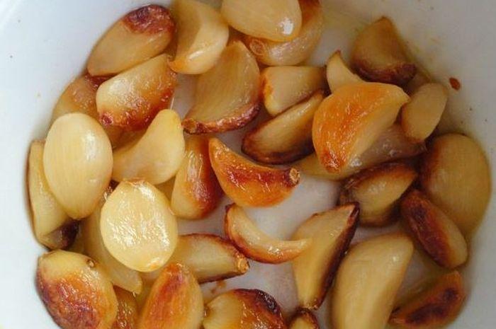 Khasiat makan bawang putih panggang.