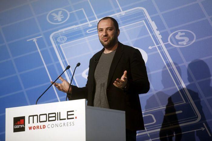 CEO WhatsApp Undur Diri dari Facebook Setelah Isu Privasi Data Pengguna