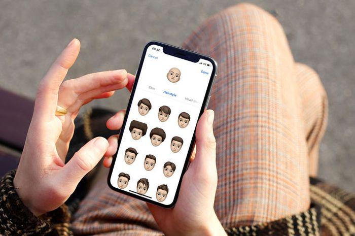 (Video) Membandingkan Memoji di iOS 12 dan AR Emoji di Samsung