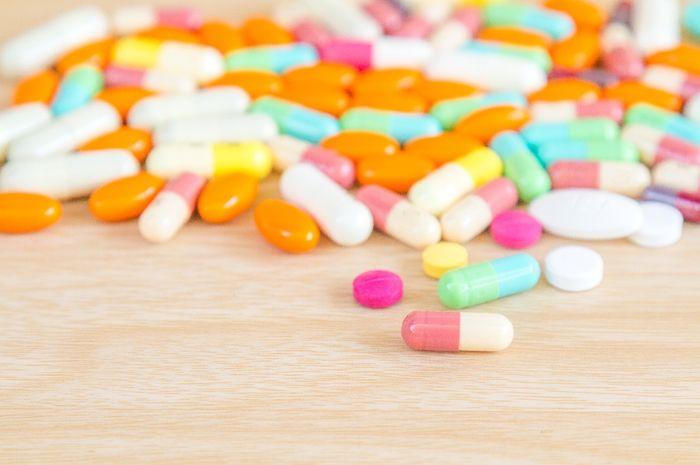 Obat antibiotik bisa dihentikan jika kita sudah merasa lebih sehat.