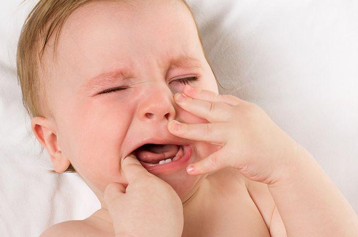 Hindari Memberi MPASI Bayi Terlalu Dini  Ini Akibat yang