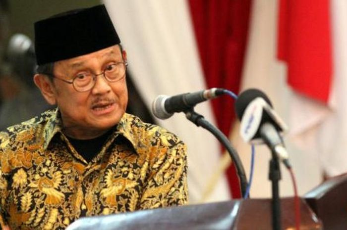Presiden Republik Indonesia ke-3 BJ Habibie.
