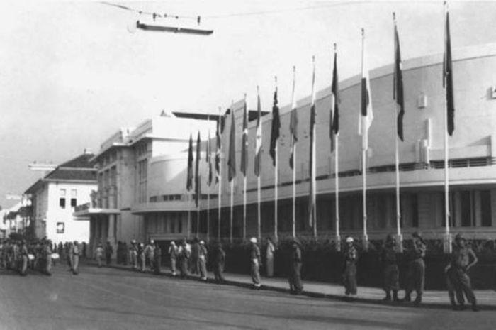 Gedung Merdeka saat berlangsungnya Konferensi Asia Afrika.