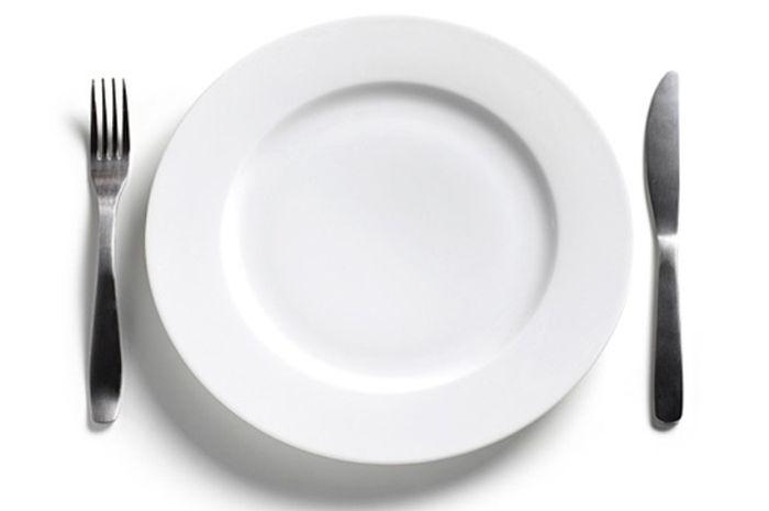 Ketika puasa Ramadan, tubuh tidak mendapat asupan makanan dan minuman selama lebih dari 12 jam.