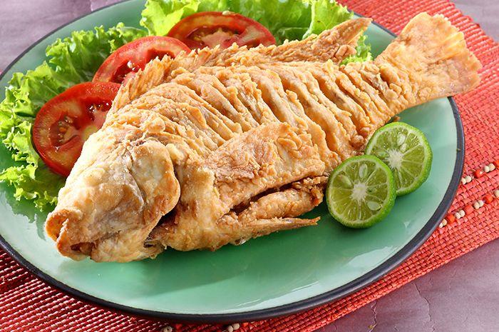 Gawat Ikan Nila Goreng Krispi Ini Bikin Pengen Cepat Makan Siang