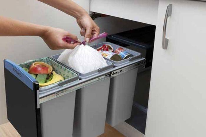 Begini Cara Membuang Sampah Dapur Agar Tidak Bau Busuk