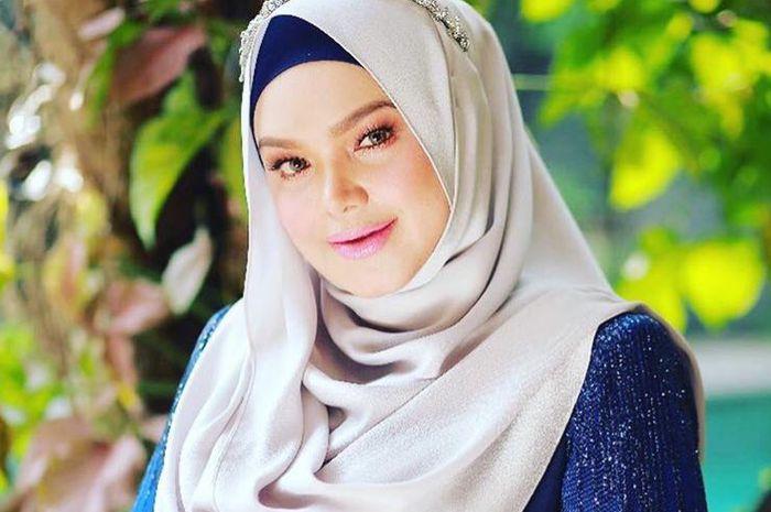 Turun 17,8 Kilogram Setelah Melahirkan, Lihat Perubahan Tubuh Siti Nurhalizah Ini, Dietnya Berhasil!