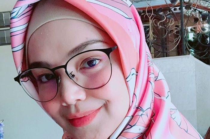 Sudah Boleh Makan Pedas Setelah Melahirkan, Siti Nurhalizah Langsung Buat Menu Menggiurkan Ini