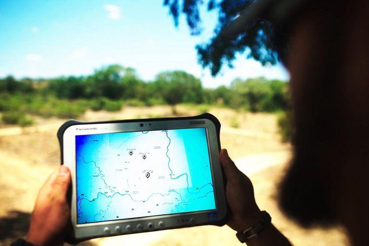 Teknologi Dimension Data Selamatkan Nyawa Badak dan Gajah di Afrika