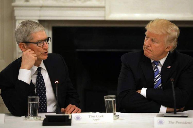 Antisipasi Perang Dagang, Trump: iPhone Rakitan Tiongkok Bebas Pajak