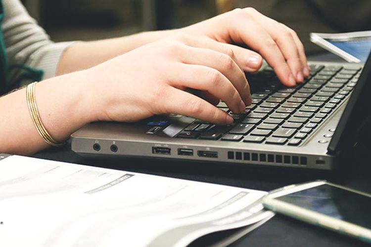 Teknologi Safetica dari ESET Bantu Perusahaan Pantau Karyawan Malas