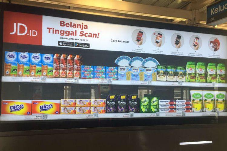 Kini Anda bisa Belanja Produk JD.id dengan QR Qode di Stasiun