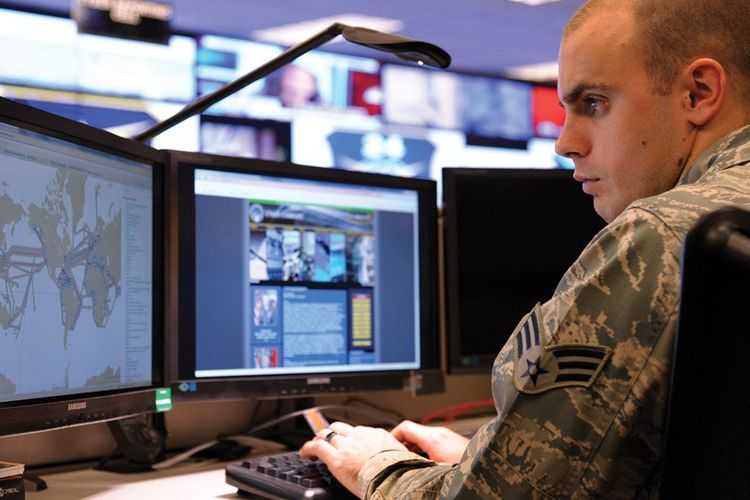 Lawan Ancaman Siber Rusia, Inggris Rekrut 2.000 Pasukan Siber