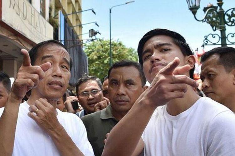 Presiden Jokowi Berguru dengan Kaesang untuk Bisa Main Mobile Legends