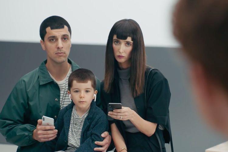 """Samsung sedang Kembangkan Teknologi """"Penghilang"""" Poni di Smartphone"""