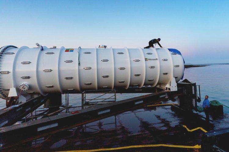 CEO Microsoft Satya Nadella: Masa Depan Data Center ada di Dasar Laut