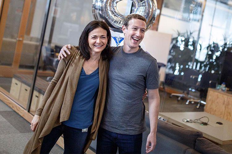 Bos Facebook Mark Zuckerberg Tolak Mundur dan Pecat Sheryl Sandberg