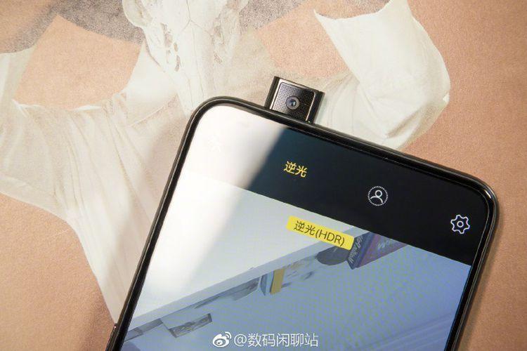 "Ponsel Oppo R19 dan Vivo X25 akan Usung Kamera ""Pop-up"""