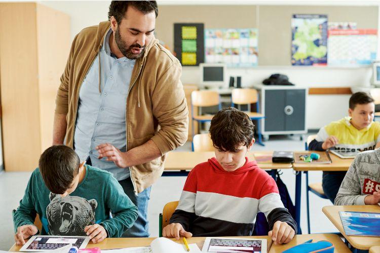 Hampir 50 Ribu Pelajar di Glasgow, Skotlandia Terima iPad Gratis