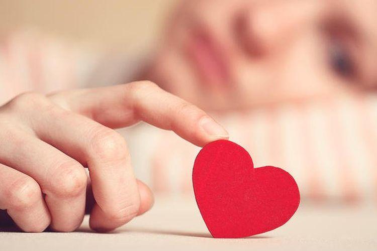 Stop Galau! 5 Hal Positif Ini Bisa Kamu Dapat Usai Putus Cinta - Semua  Halaman - Grid.ID b032843f91