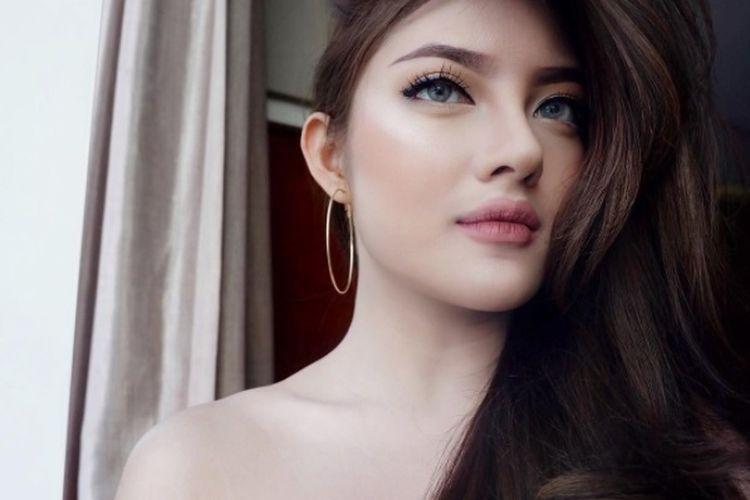 [angel face foto][rambut mengombak] tanaya-alyssia 31901_tanaya-alyssia-instagram