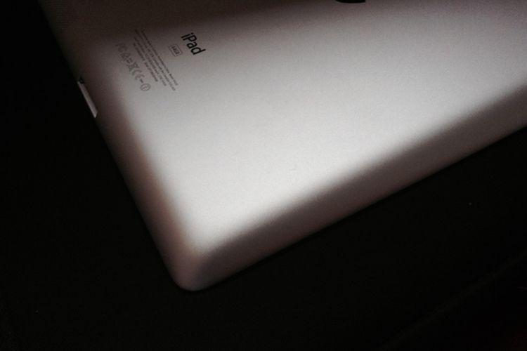 MM Market: iPad 3rd Gen WiFi + Cell 64 GB Ini Dijual Murah!