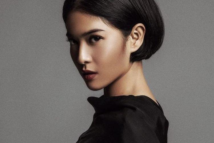 Inspirasi Model Rambut Pendek Ala Dian Sastrowardoyo Yang Bikin Terlihat Awet Muda Nova