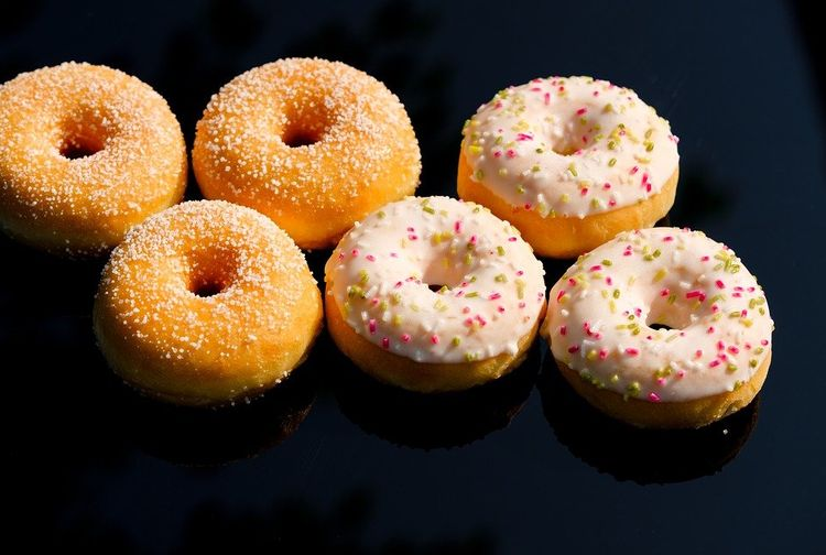 An easy way to make donuts and stay soft all day.