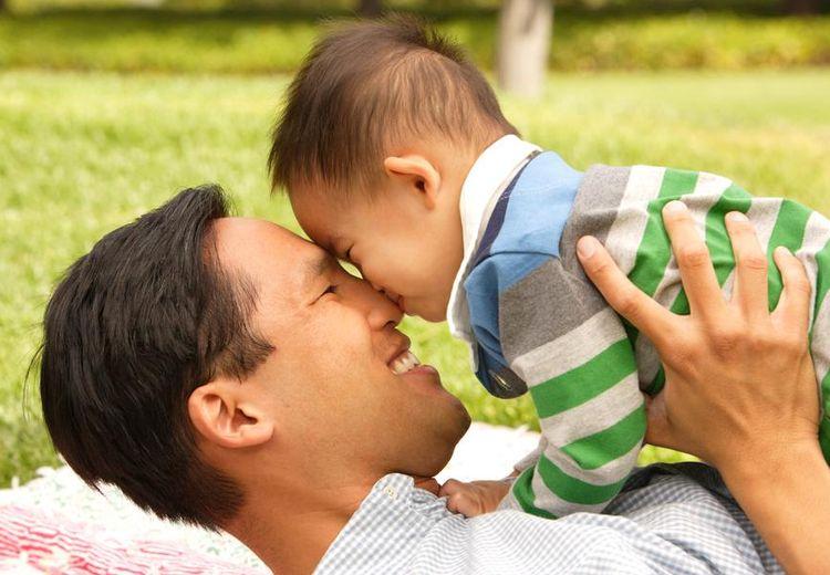 Cara Menstimulasi Kecerdasan Anak di Masa Emasnya