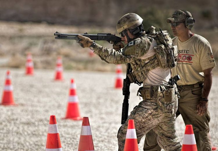 Shotgun, Senjata Pendobrak Andalan Pasukan Antiteror untuk Menjebol Pintu Baja Sekaligus Pembasmi Teroris