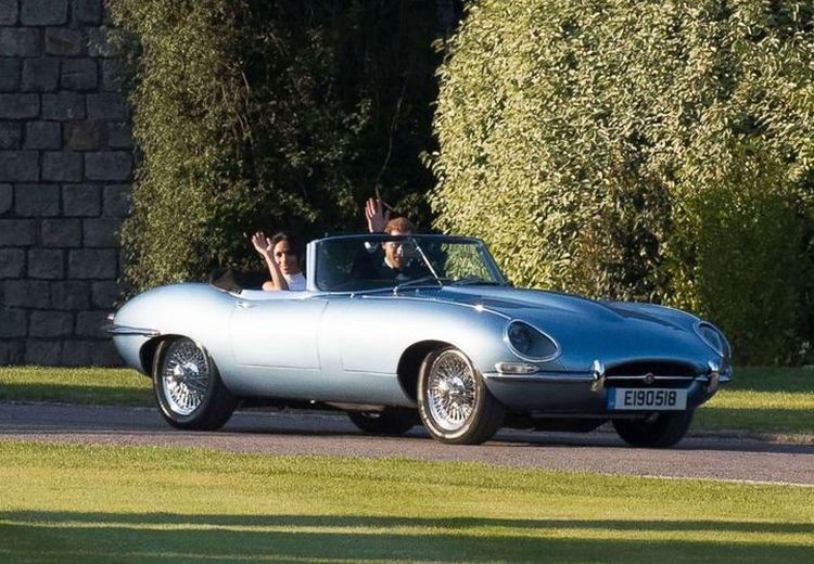 Mengenal Jaguar Senilai Rp 6,6 miliar Yang Dibawa  Pangeran Harry Di Hari Pernikahannya