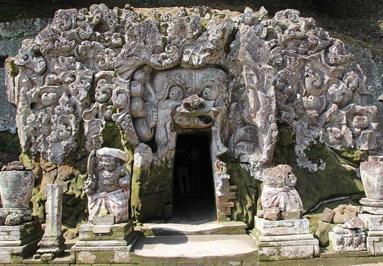 Pura Goa Gajah, Salah Satu Tempat Bersejarah yang Ada di Pulau Dewata
