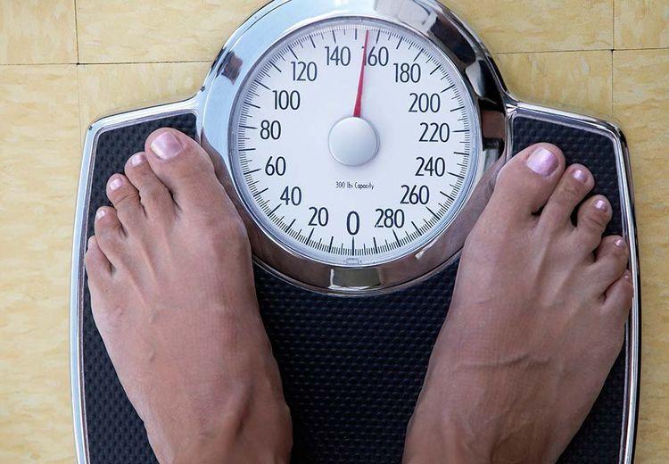Tips Biar Nggak Naik Berat Badan Setelah Makan Besar Di Lebaran