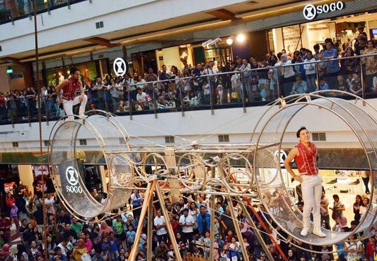 Atraksi Wheel Of Death Hadir di Indonesia, Begini Aturan Tepat Menonton Sirkus!