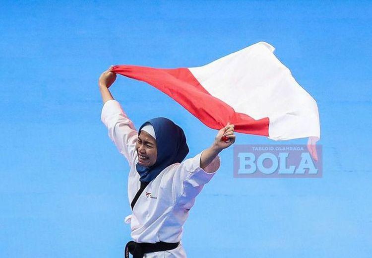 Mengenal Defia Rosmaniar, Peraih Emas Pertama Indonesia di Asian Games 2018