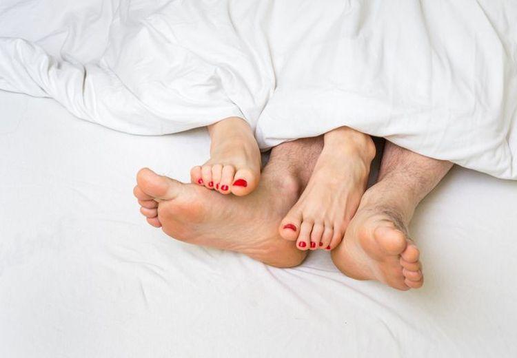 Enggak Cuma Pedas Di Mulut, Makan Sambal Juga Bisa Bikin Hubungan Intim Jauh Lebih Panas!