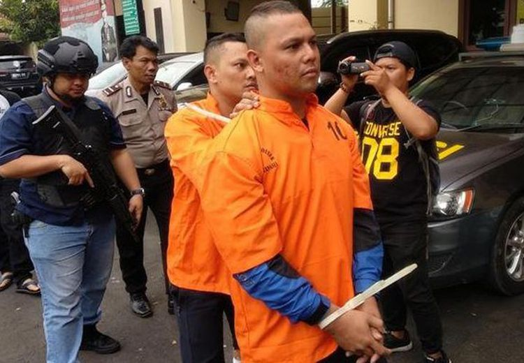 Dede Richo, Salah Satu Finalis Indonesian Idol 2008, Ditembak Polisi!