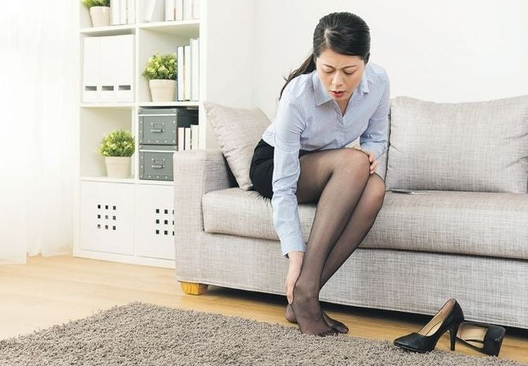 Benarkah Sering Pakai High Heels Bisa Sebabkan Gangguan Saraf?
