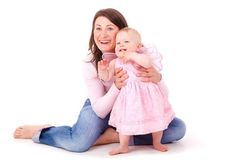 Catat Moms! Berikut Tumbuh Kembang yang Terdapat pada Bayi 8 Bulan