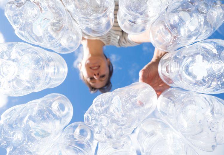 Kemurnian Air Minum Kemasan Plastik dalam Ancaman Mikroplastik