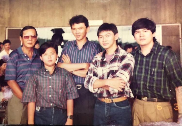 Intip Foto Muda Ahok yang Langka,  Waktu Kecil Pakai Baju Rajutan Ibu