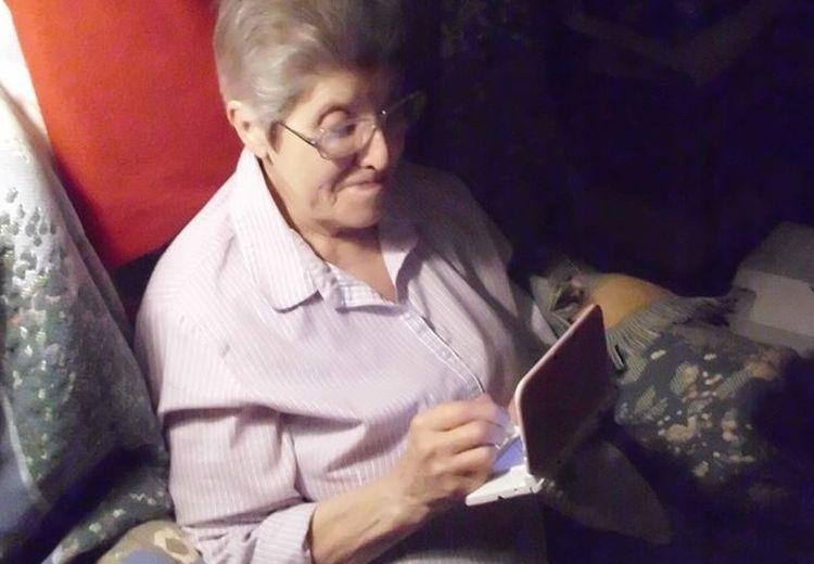 Gokil! Nenek Berusia 87 Tahun Ini Masih Kuat Main Game Selama 3580 Jam