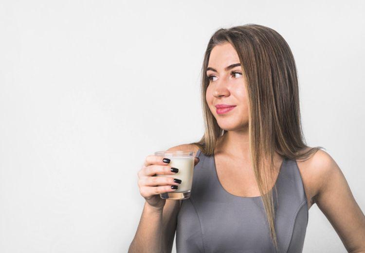 Terdengar Aneh, Minum Susu Campur Merica Ternyata Miliki Sederet Manfaat Tak Terduga
