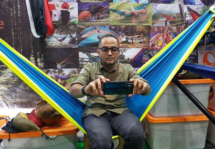 Fotografi Ponsel, Hati riang Selama Perjalanan dan Bisa Tambah Penghasilan!