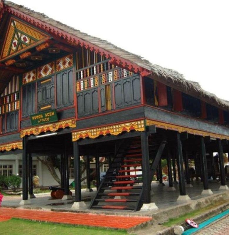 1535 rumah adat aceh krong bade foto klipingco