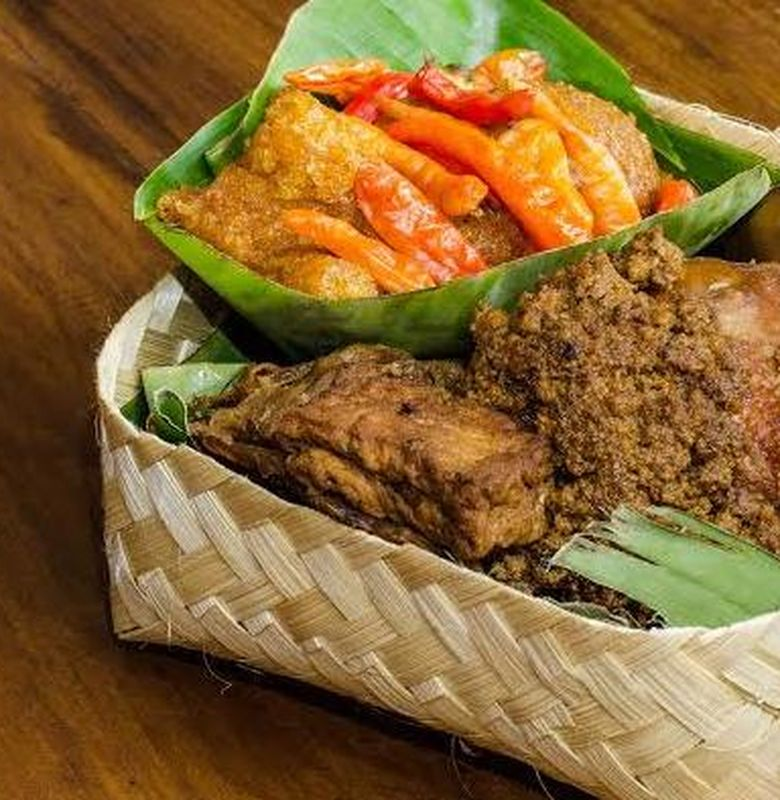 Gudeg Makanan Tradisional Asal Yogyakarta Bobo