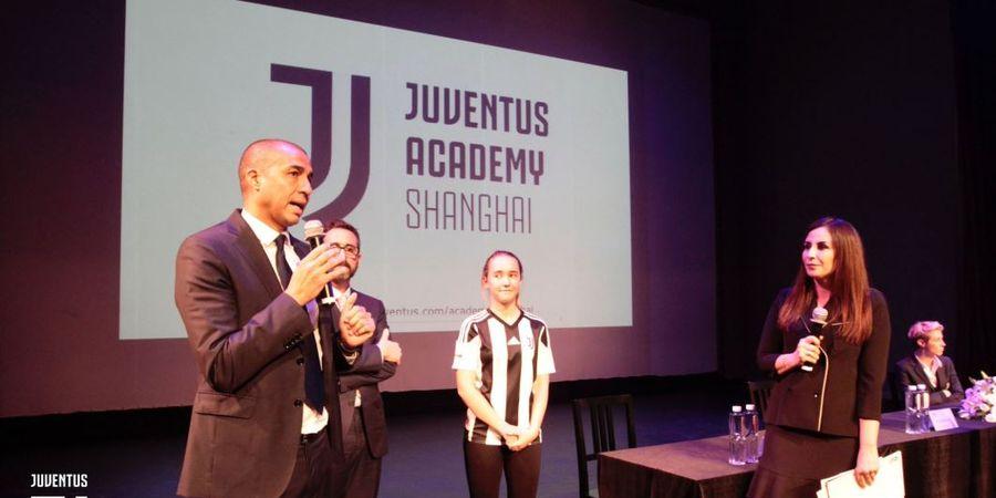 David Trezeguet Resmikan Akademi Sepak Bola Juventus di China