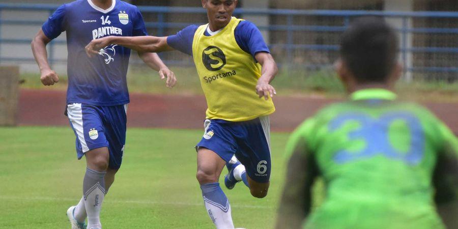 Ganti Pelatih di Tengah Persiapan, Striker Persib Bandung Tetap Optimistis