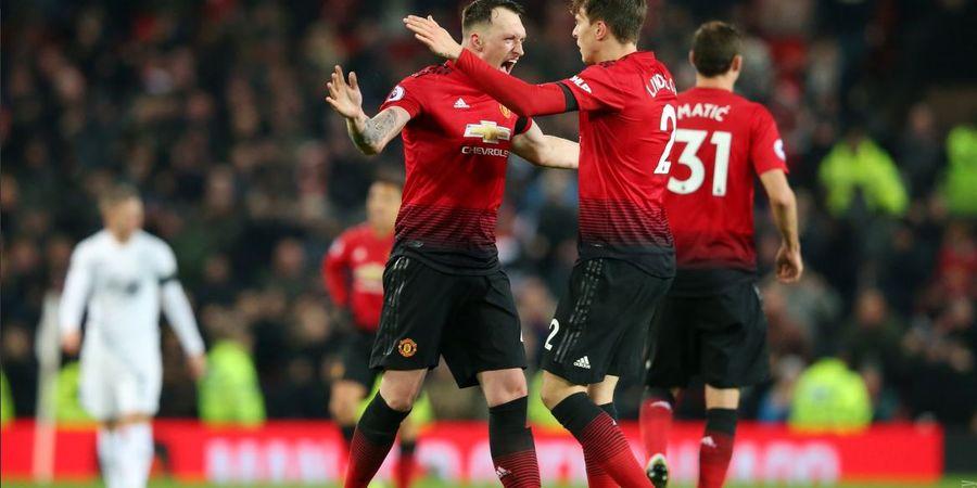 Old Trafford Sambut Lawatan Liverpool dengan Semprotan Bawang Putih