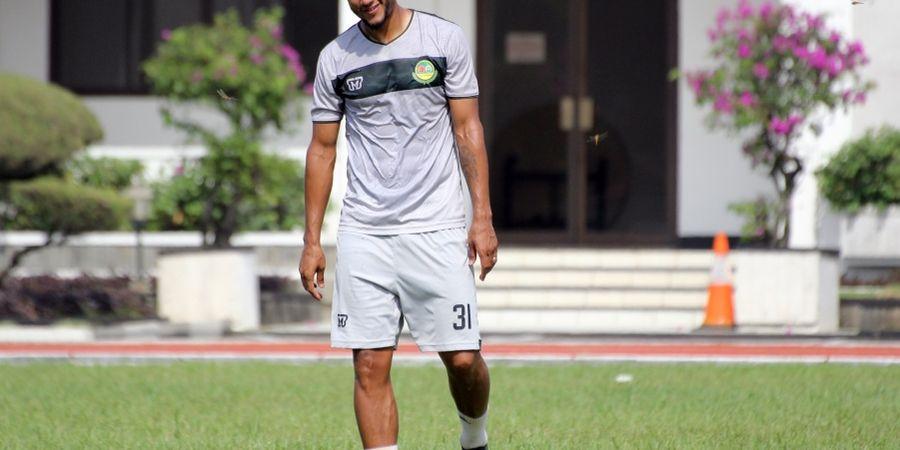 Loris Arnaud Absen, Tira Persikabo Sempat Kesulitan Hadapi Perseru Badak Lampung FC